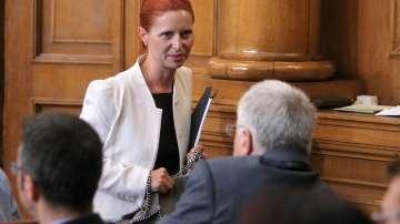 Заместник-председателят на КФН Ралица Агайн подаде оставка, депутатите я приеха