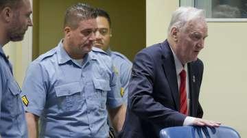 Отстраниха Младич от четенето на присъдата му заради непристойно поведение