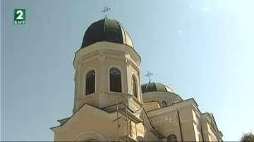 """В средата на септември ще е готов новият храм """"Всех Святих"""" в Русе"""