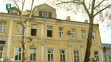 Проучват старите сгради във Варна