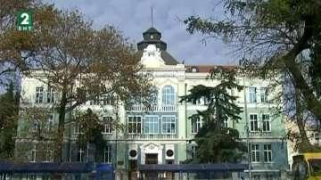 Университетите във Варна ще приемат с оценки от матурите