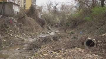 Почистват речните корита в Шумен преди пролетните дъждове