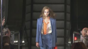 Модно ревю в московското метро