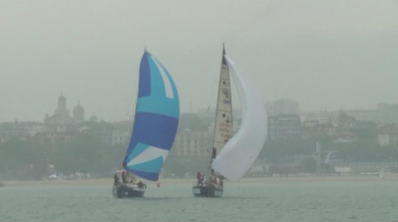 37 яхти и повече от 250 ветроходци се включиха в