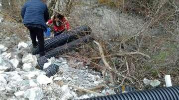 Взимат нови проби от реките Юговска и Чепеларска