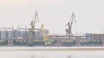 Пясъчен остров заради маловодие в река Дунав