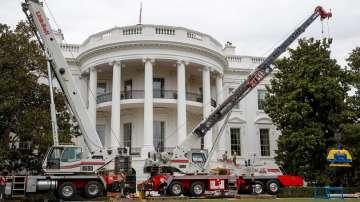 В Белия дом влязоха майстори за мащабен ремонт (СНИМКИ)