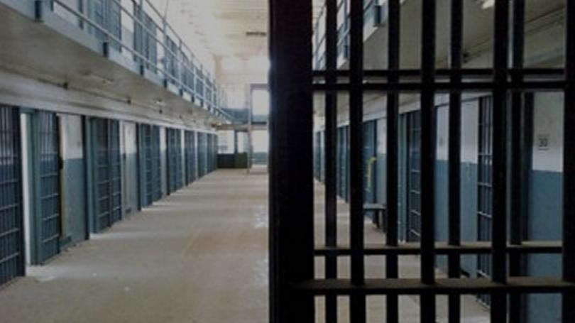 издирват затворник изчезнал пловдивската болница