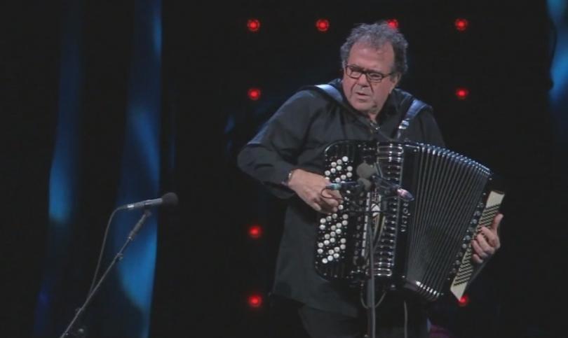 След повече от десетилетие големият френски акордеонист Ришар Галиано се