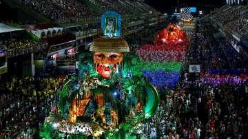 Карнавал и самба в Рио де Жанейро