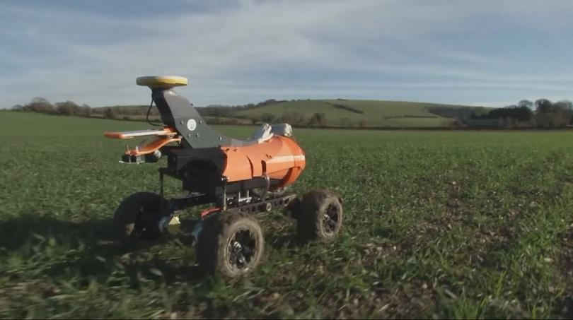 Британска компания е разработила робот, който да помага в земеделските