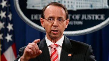 Заместник-главен прокурор предложил Доналд Тръмп да бъде записван тайно