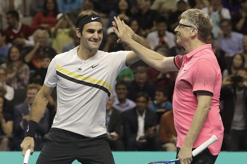 Тенис звездата Роджър Федерер и милиардерът Бил Гейтс събраха 2