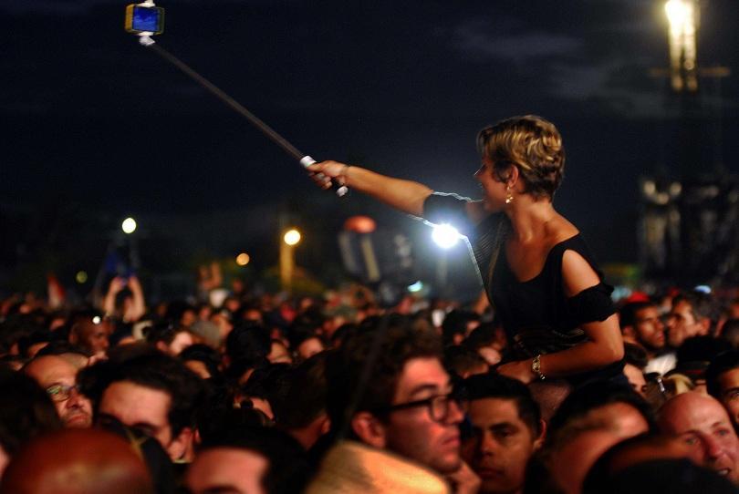 снимка 2 Роулинг Стоунс разтърсиха Хавана с безплатен концерт