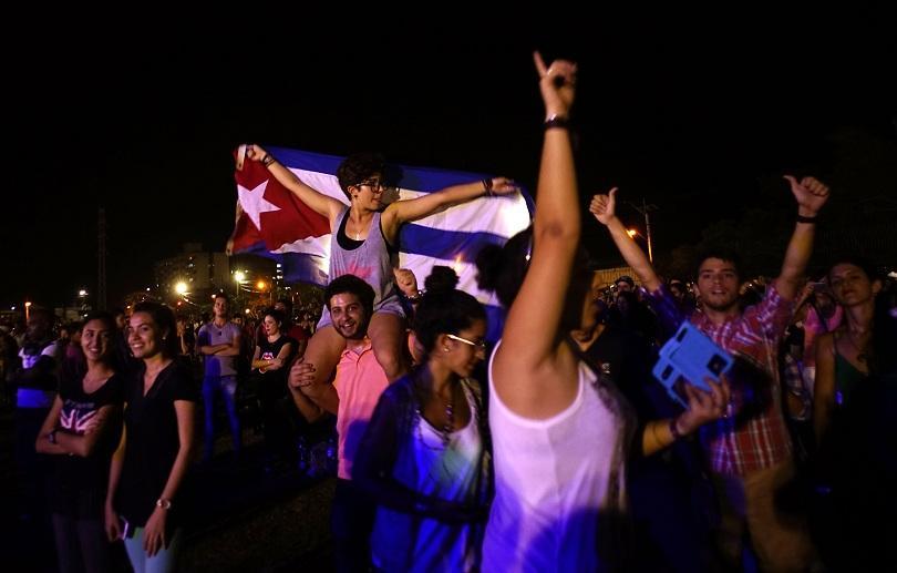 снимка 6 Роулинг Стоунс разтърсиха Хавана с безплатен концерт