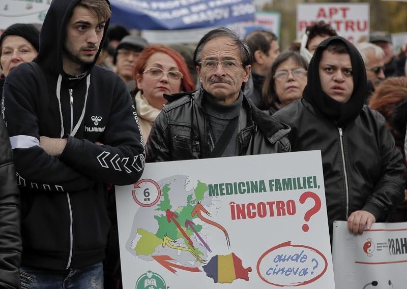 1000 румънски лекари протестираха сградата правителството букурещ