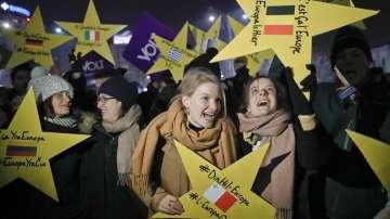 Разговори в Букурещ преди гласуването утре на новото румънско правителство
