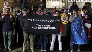 Румънски магистрати на протест срещу спорни законодателни промени
