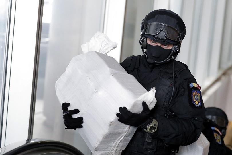 100 кокаин изплуваха черно море брега констанца