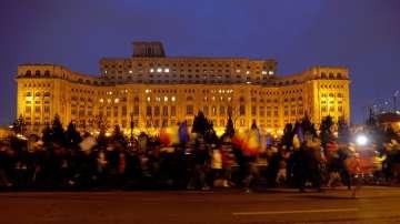 Днес е най-мащабният протест в Румъния, въпреки че правителството отстъпи
