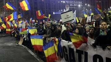 Хиляди румънци настояват за оставка на правителството