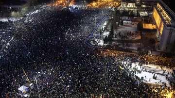 Над 250 000 румънци протестираха срещу указа за декриминализиране на корупцията