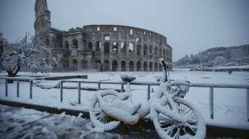 Студ, сняг и поледици и в Европа