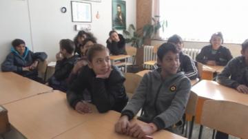В Бургас търсят деца от ромски произход, за да ги връщат в училище