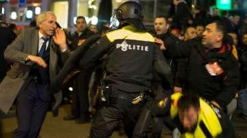 Сблъсъци в Ротердам заради скандала между Холандия и Турция
