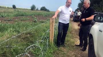 Африканската чума по свинете: Готови са 11 км. от оградата с Румъния