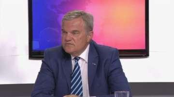 Румен Петков: Спокоен съм, премиерът лично залови седем покемона