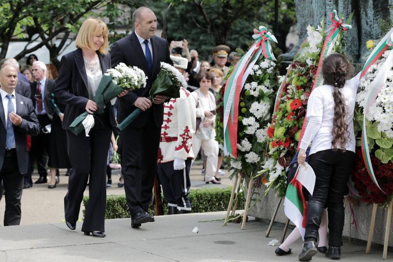 снимка 1 България празнува Деня на българската просвета и култура (ОБЗОР)