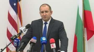 Президентът Радев се срещна с българската общност в Чикаго