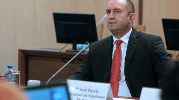 Президентът Радев: Бюджетнят излишък да се харчи след обществен дебат