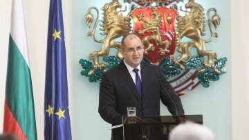 """От БСП определиха като """"достойни"""" двете години мандат на президента Радев"""