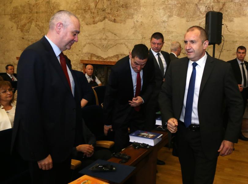 Румен Радев: Ниската избирателна активност е шамар за политическата класа