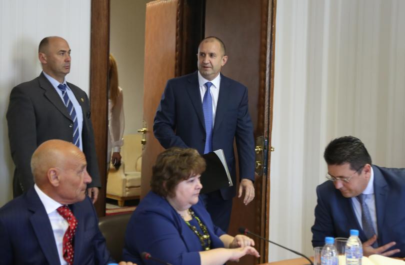 Президентът Румен Радев е категоричен, че не е превишил правомощията