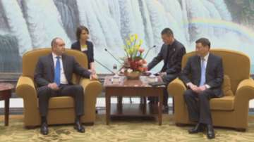 Президентът Радев разговаря с кмета на Шанхай