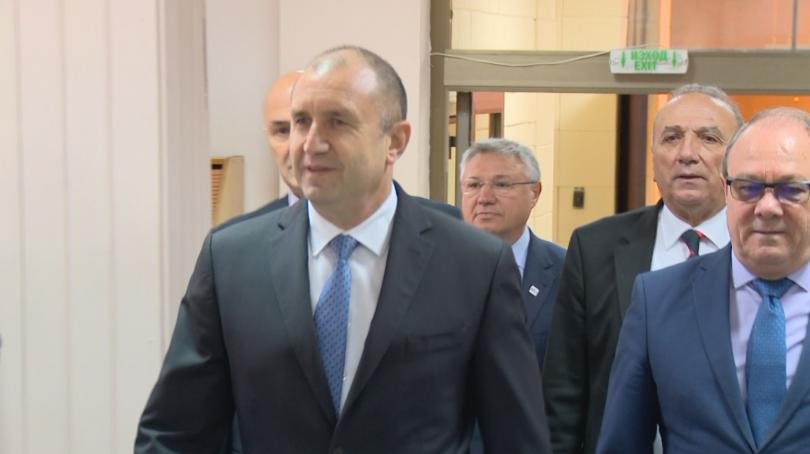 Президентът Румен Радев посети Института по информационни и комуникационни технологии