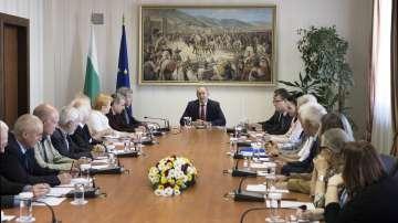 Президентът се срещна с представителите на Инициативния комитет за единение