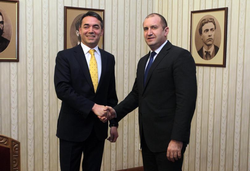 Президентът Румен Радев се срещна с македонския външен министър Никола