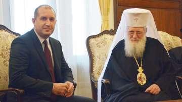 Президентът Румен Радев се срещна с патриарх Неофит