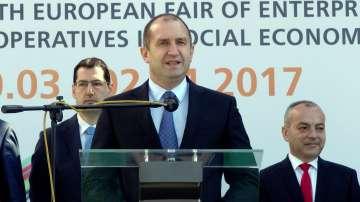 Румен Радев: Надявам се новия кабинет да бъде на националната цел и единение