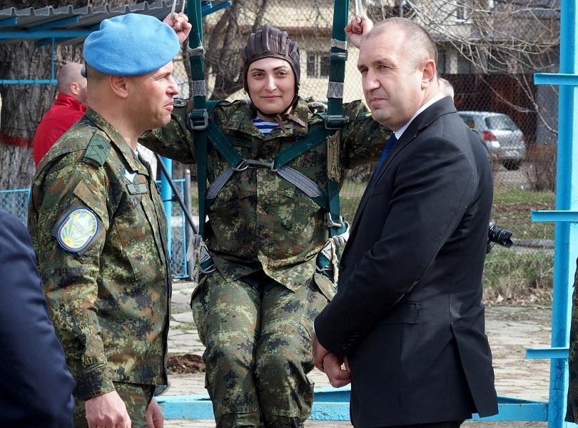 снимка 3 Радев: Патриарх Кирил дойде като духовен водач, избра да си тръгне като политик