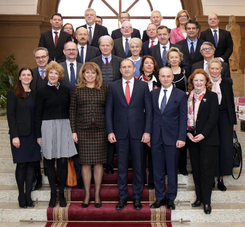 Икономическото и социалното сближаване на държавите от Европейския съюз е