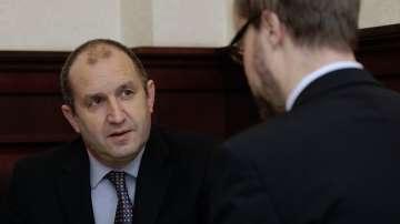 Радев: Трябва не само да се вдигнат санкциите към Русия, но и от Русия към ЕС