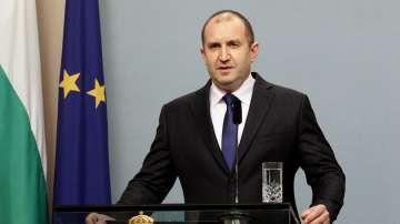Продължават консултациите с президента Румен Радев