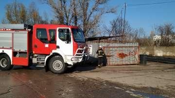 Пожар горя в пункт за вторични суровини в Русе