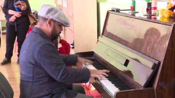 Осиновен в САЩ българин направи дарение за деца с увреждания в Русе