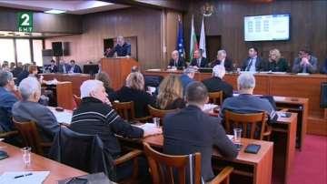 Общински съветници защитават лидерските позиции на Русе в региона